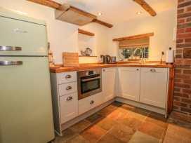 Bunty Cottage - South Coast England - 981113 - thumbnail photo 8