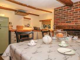 Bunty Cottage - South Coast England - 981113 - thumbnail photo 9