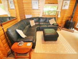 Lodge 8 - Lincolnshire - 981519 - thumbnail photo 3