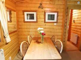 Lodge 8 - Lincolnshire - 981519 - thumbnail photo 4