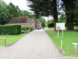 Lodge 8 - Lincolnshire - 981519 - thumbnail photo 24