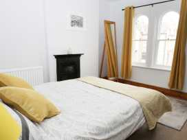 Myrtle Cottage - Whitby & North Yorkshire - 981571 - thumbnail photo 13