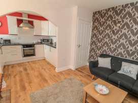 Flat 2, Mindello House - Whitby & North Yorkshire - 981616 - thumbnail photo 3