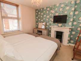 Flat 2, Mindello House - Whitby & North Yorkshire - 981616 - thumbnail photo 6