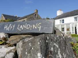 Happy Landing - North Wales - 981807 - thumbnail photo 2