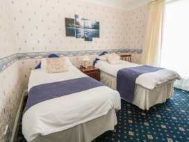 Fairway Country Hotel - North Wales - 982265 - thumbnail photo 15