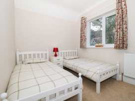 Dover Close - Dorset - 982374 - thumbnail photo 28