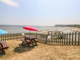 Coast Watch Cottage - Isle of Wight & Hampshire - 982430 - thumbnail photo 14