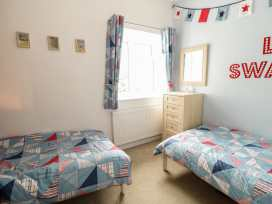 Swanage Bay Apartment - Dorset - 982712 - thumbnail photo 8