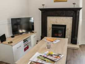 26A High Street - Shropshire - 982963 - thumbnail photo 4