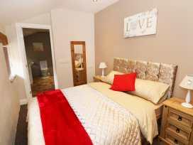 Caner Bach Lodge - South Wales - 983095 - thumbnail photo 6