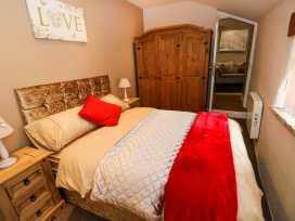 Caner Bach Lodge - South Wales - 983095 - thumbnail photo 9