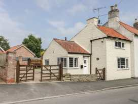 Lena Cottage - Whitby & North Yorkshire - 983609 - thumbnail photo 1