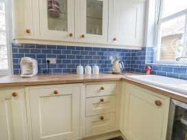 8 Wilton Road - Whitby & North Yorkshire - 984696 - thumbnail photo 10