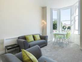 Apartment 3, 6 St Anns Apartments - North Wales - 984971 - thumbnail photo 6