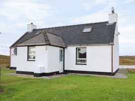 Lochside Cottage - Scottish Highlands - 985763 - thumbnail photo 1