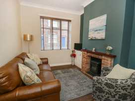 5 Colenso Street - Whitby & North Yorkshire - 985944 - thumbnail photo 3