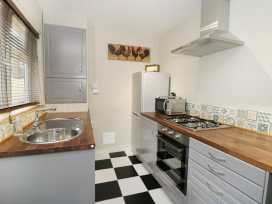 5 Colenso Street - Whitby & North Yorkshire - 985944 - thumbnail photo 8