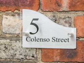 5 Colenso Street - Whitby & North Yorkshire - 985944 - thumbnail photo 2