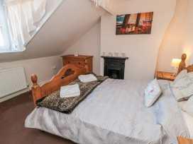 Mindello Cottage - Whitby & North Yorkshire - 986532 - thumbnail photo 9