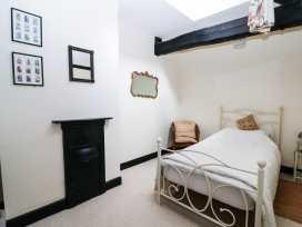 Hop House - Kent & Sussex - 986640 - thumbnail photo 22