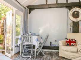 Old Beams Lodge - Dorset - 987097 - thumbnail photo 5