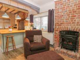 Ogle Cottage - Whitby & North Yorkshire - 987983 - thumbnail photo 2