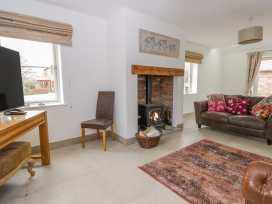 Cherry Tree Cottage - Whitby & North Yorkshire - 988068 - thumbnail photo 3