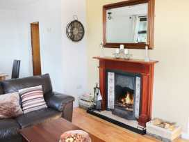Carne-elly Cottage - Westport & County Mayo - 988343 - thumbnail photo 3