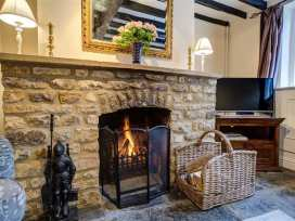 Molly's Cottage - Cotswolds - 988627 - thumbnail photo 5