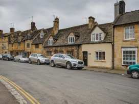 Molly's Cottage - Cotswolds - 988627 - thumbnail photo 2