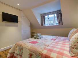 Molly's Cottage - Cotswolds - 988627 - thumbnail photo 11