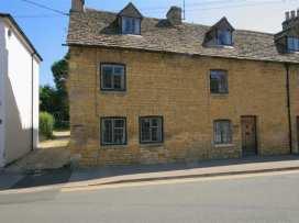 Newbury Cottage - Cotswolds - 988698 - thumbnail photo 1