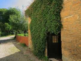 Newbury Cottage - Cotswolds - 988698 - thumbnail photo 16