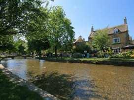 Newbury Cottage - Cotswolds - 988698 - thumbnail photo 19