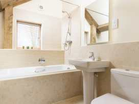 Spinney Falls House - Cotswolds - 988700 - thumbnail photo 10