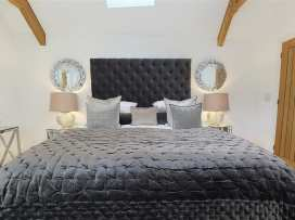 The Hive - Cotswolds - 988738 - thumbnail photo 12