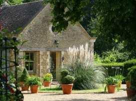 Garden Cottage - Cotswolds - 988739 - thumbnail photo 3