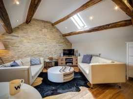 Hayloft - Cotswolds - 988750 - thumbnail photo 3