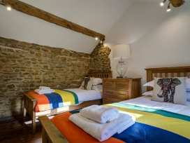 Hollytree Cottage - Cotswolds - 988835 - thumbnail photo 22