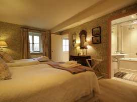 Thorndale Farm Barn (12) Stable Cottage - Cotswolds - 988836 - thumbnail photo 23