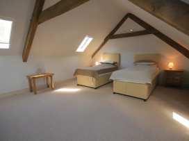 Malt Barn - Cotswolds - 988842 - thumbnail photo 18