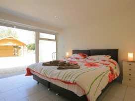 Malt Barn - Cotswolds - 988842 - thumbnail photo 25