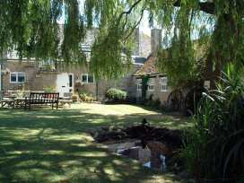 Stable Cottage, Little Somerford - Somerset & Wiltshire - 988943 - thumbnail photo 18