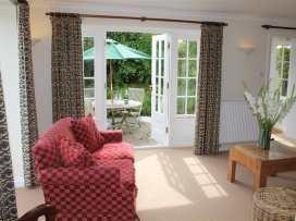 South Cottage - Kent & Sussex - 988958 - thumbnail photo 8