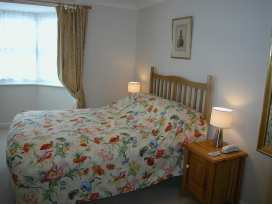 Charter Court - Somerset & Wiltshire - 988970 - thumbnail photo 9