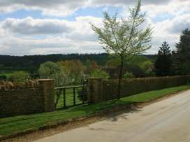 Henmarsh Cottage - Cotswolds - 988992 - thumbnail photo 13