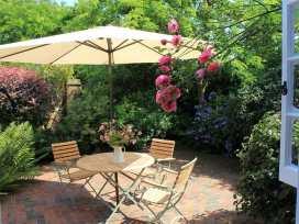 Granary Cottage - Kent & Sussex - 988999 - thumbnail photo 6