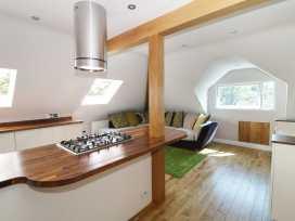 Flat 6, 48 Kings Avenue - Dorset - 989147 - thumbnail photo 8