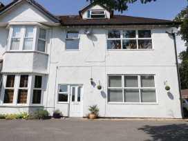 Flat 6, 48 Kings Avenue - Dorset - 989147 - thumbnail photo 1